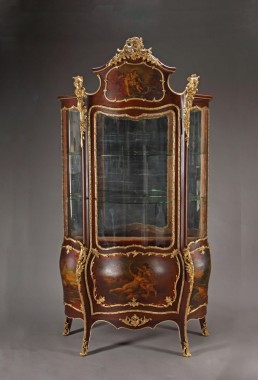http://arteantiquesbeverlyhills.com/product-category/furniture/cabinet-furniture/vitrines
