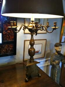 lampu meja antik