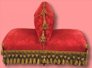 sofa antik boudeuse