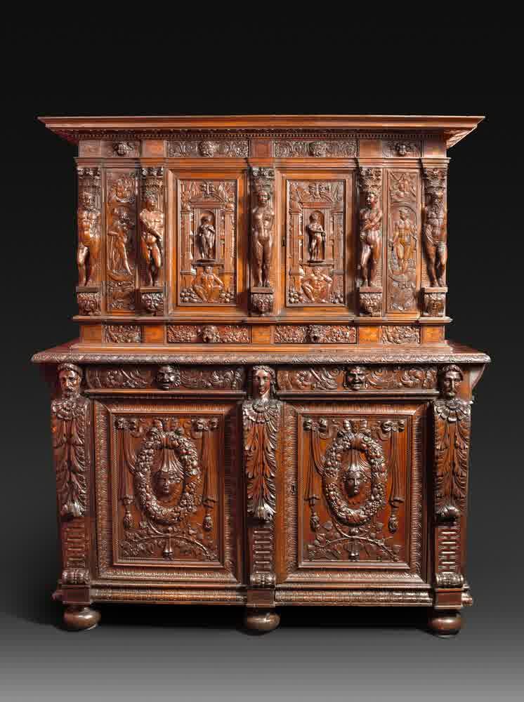 bufet renaissance mebel antik eropa. Black Bedroom Furniture Sets. Home Design Ideas